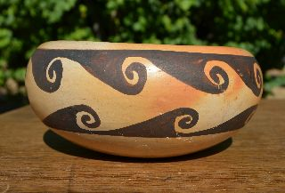 Vintage Hopi Native American Pueblo Pottery Bowl Great Condition photo