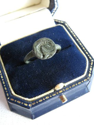 1st Century Ad Roman Intaglio Bronze Seal Ring Depicting A Dolphin photo