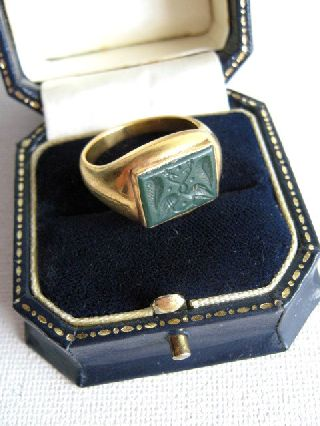 Undated Solid Gold Intaglio Ring In Roman 3rd - 5th Century Ad Style photo