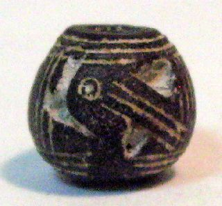 Pre - Columbian Black Larg Beaked Bird Spindle Whorl Guaranteed. Authentic photo