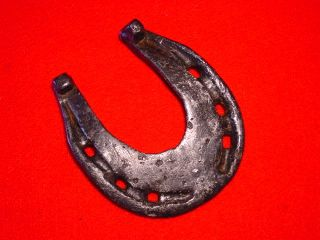 Medieval - Horseshoe - 14 - 15th Century - Rare photo