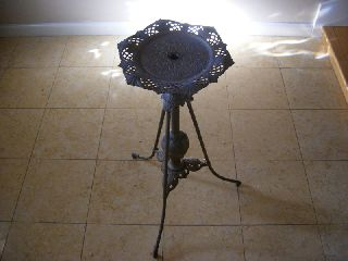 Bradley And Hubbard Lamp/flower Stand photo