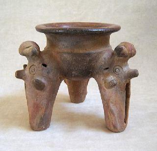 Pre - Columbian Chorrera Tripod Pedestal Bowl,  1000 Bc. photo