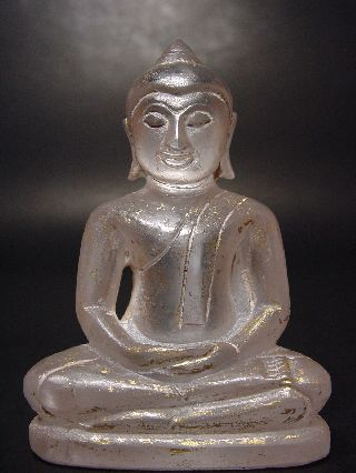 Rare Crystal Gemstone Meditating ' Chiengsaen ' Buddha.  Lot 46 photo