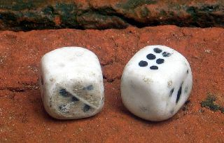 Two 18th Century Porcelain Dice photo