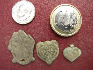 3 Medieval / Roman Belt Decorations  981 photo