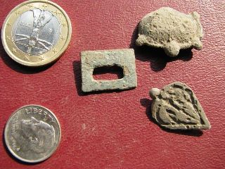 3 Medieval / Roman Belt Decorations 1715 photo