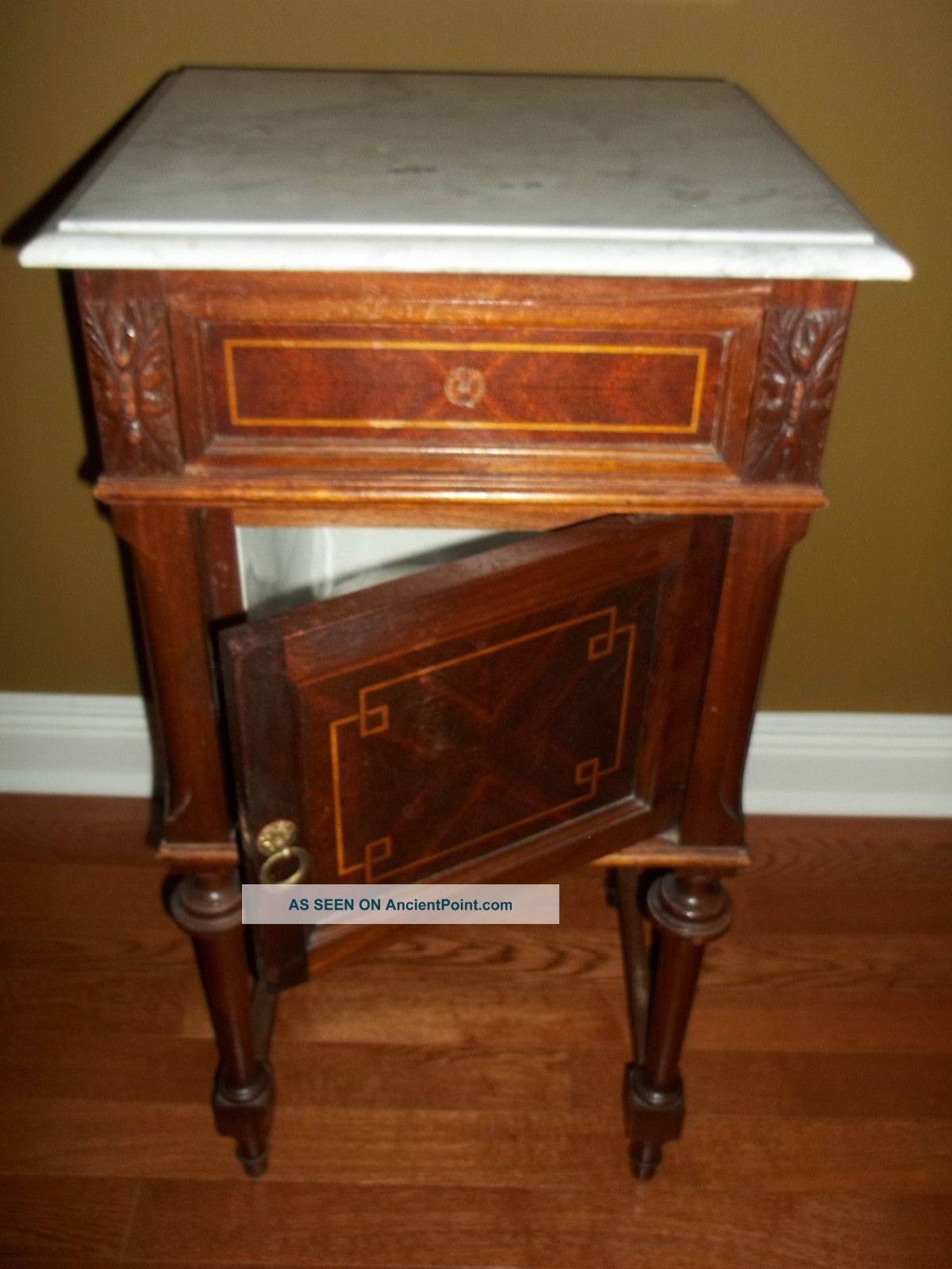 Vintage Antique Marble Top Night Stand / Occasional Table / Euc 1900-1950 photo