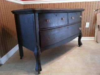 3 Drawer Chest/side Board W/laminated Grain Finish photo