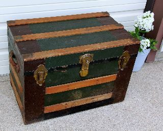 Antique Flat Top Steamer Trunk Chest W Tray Wood Slats Leather Handles Lock Key photo