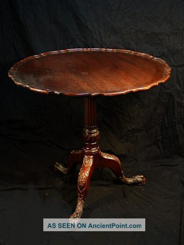 Antique Mahogany Piecrust Tilt Top Table With Carved Feet 1900-1950 photo
