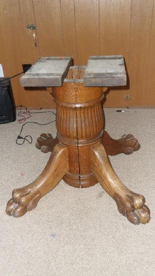 Antique 45 Inch Round Clawfoot Claw Foot Table Oak 1900 ' S photo