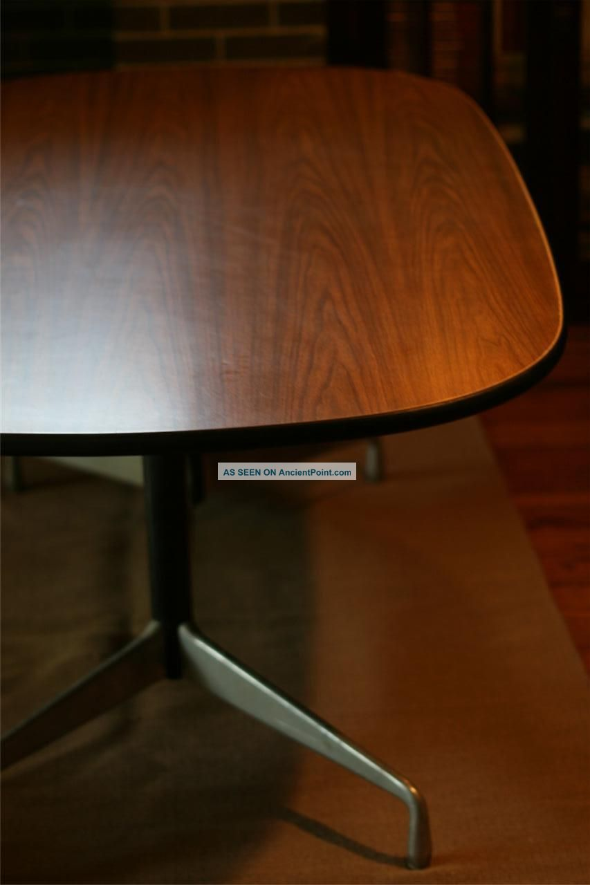 Herman Miller Six Foot Oval Conference Table Oval Eames Aluminum - 6 foot oval conference table