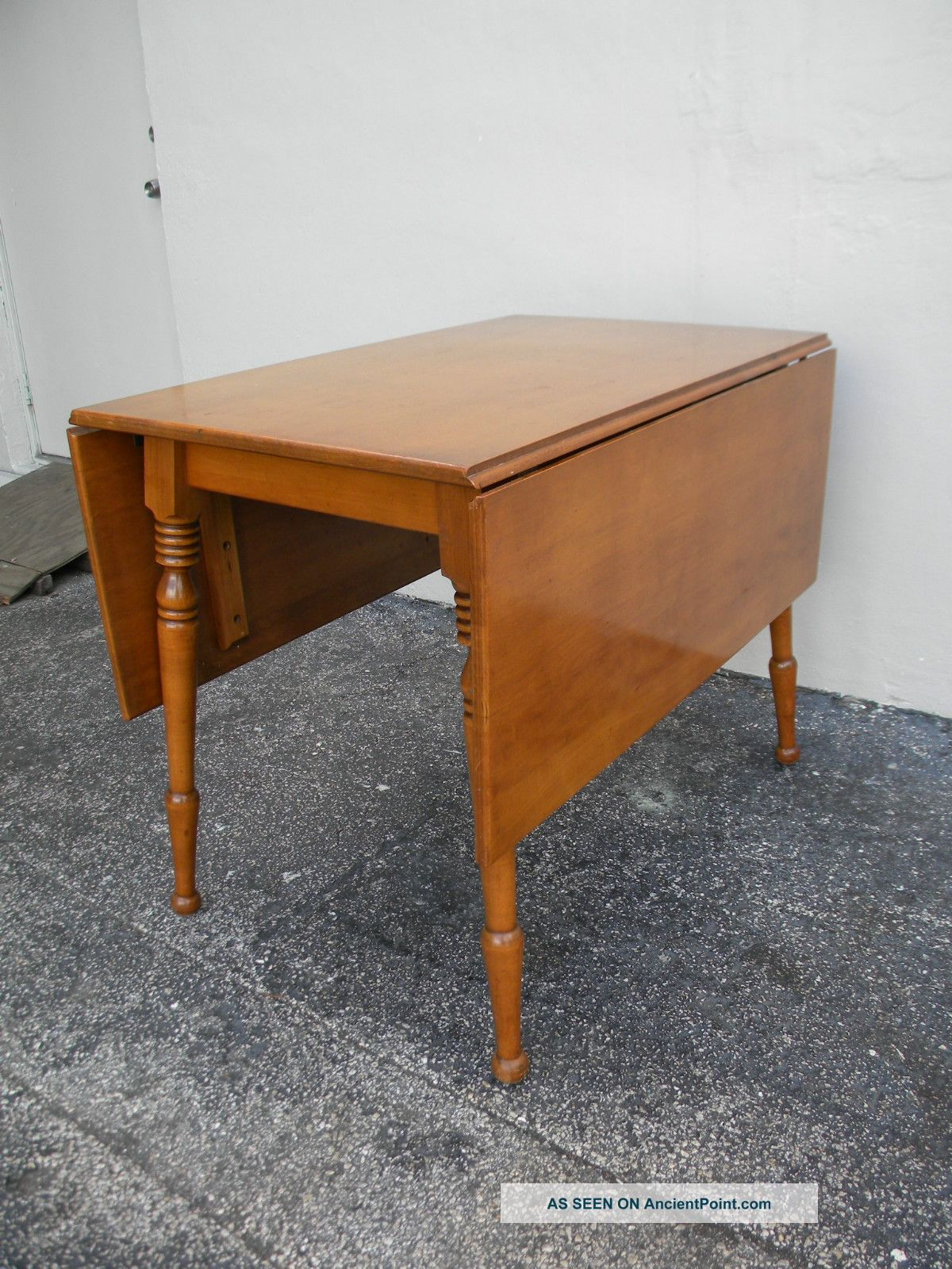 Maple Drop Leaf Dining Table 2025 1900-1950 photo