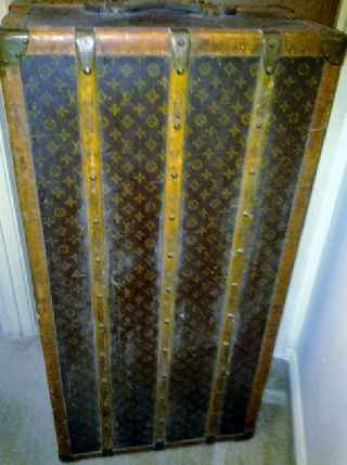 Louis Vuitton Half Antique Wardrobe Trunk (drawer Half) photo