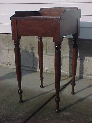 C.  1850 Sheraton Wash Stand Candle Stand Dovetailed photo