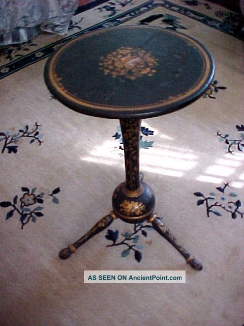 Antique Victorian Chinoiserie Japanned Tripod Table Candlestand Rhode Island 1800-1899 photo
