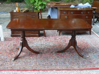 Antique Mahogany Duncan Phyfe Traditional Dining Table With Leaf photo
