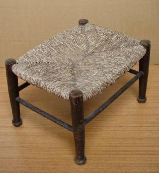Antique Hand - Made Foot Stool Shetlands 1922 Excellent photo