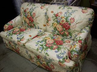 Lovely Floral Love Seat Sofa By Baker Furniture photo