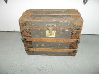 Antique Ladies Half Steamer Dome Top Trunk With Inside Tray (condition) photo