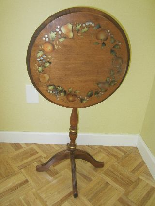 Tilt Top Round Table Side Lamp Table Wood Stenciled Folding Painted Vintage photo