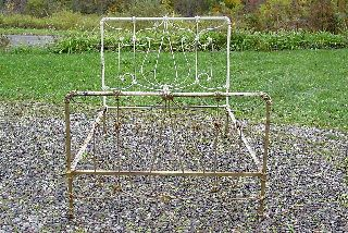 Antique Victorian Cast Iron Bed 74