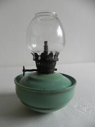 Vintage Oil / Paraffin Lamp Kelly Pixie Nursery Weighted Bottom Shabby Chic photo