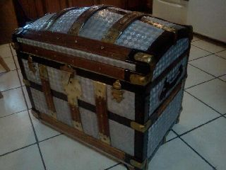 1800s Antique Victorian Rare Vintage Brides Steamer Trunk W/brass Lock & Trim photo