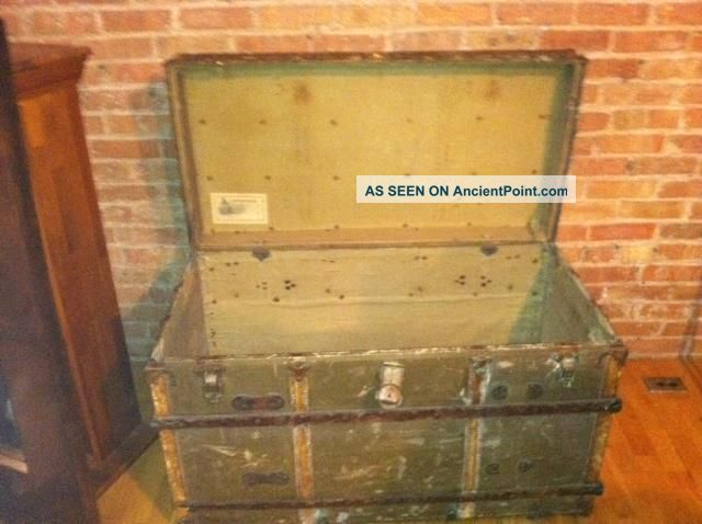 Eagle Lock Company Trunk http://ancientpoint.com/inf/3841-vintage_steamer_trunk_w_eagle_lock_co___lock.html