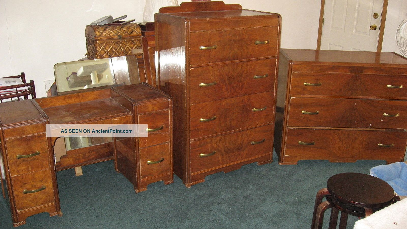 Vintage Bedroom Set, 3 Piece, Vanity, Dressers, Mirrors ...