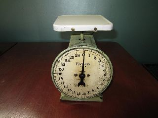 Vintage Hanson Bros Tin Kitchen Store Counter Scale Green 25 Pound Capacity photo