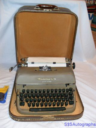 Working Rare 1957 Retro Green Antique Remington Quiet Riter Typewriter & Case photo