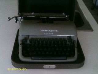 Remington Typewriter Quiet - Riter photo