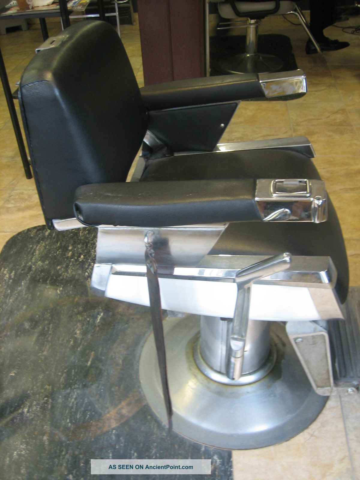 Antique Barber Chair Belmont Barber Chair Salon Chair - Barber / Salon  Equipment - Antique Barber Chair Belmont Barber Chair Salon Chair - Barber