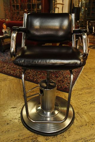 4 Fantastic Mid Century Leatherette And Chrome Barber ' S Chair Just Reupholstered photo