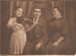 Antique Violin Photograph 1913 Photo Girl Playing Violin Picture Art photo