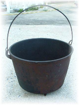Old No.  8 Pot W/ Handle Cast Iron Cauldron Fire Pit Stove Primitive photo