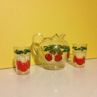 Tomato Juice Pitcher & Glasses 50 ' S - 60 ' S photo