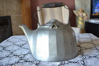 Antique 1900 ' S Wagner Ware Sidney 0 Colonial Tea Kettle 6 Qts,  108,  Aluminum photo