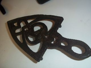 Antique Trivet Hearts K Primitive Early Trivet 7.  75