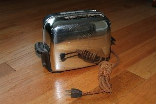 1940s Antique,  Vintage Toastmaster Toaster 1b14 - Working photo