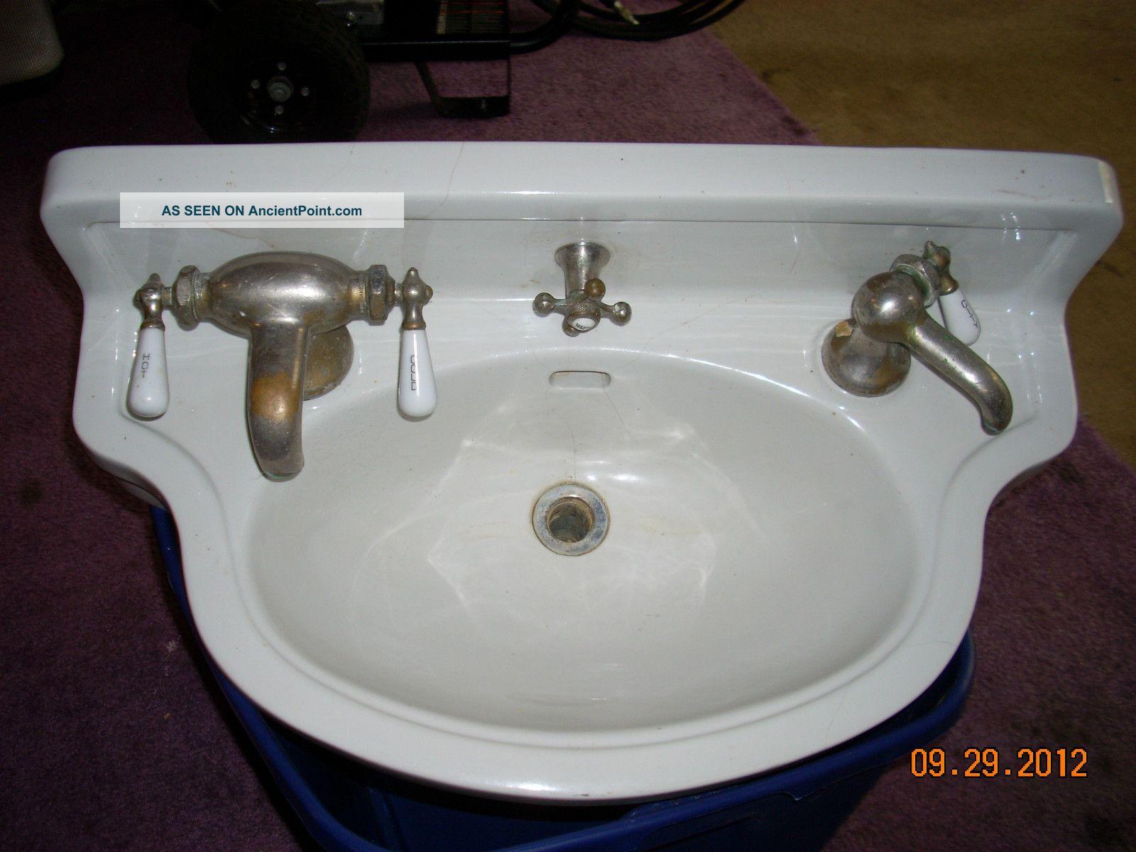 Antique Douglas Vitreous Sink Sinks photo