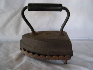 Antique 7 Heavy Cast Iron Sad Iron & Cast Iron Trivet By W.  H.  Howell Co. photo