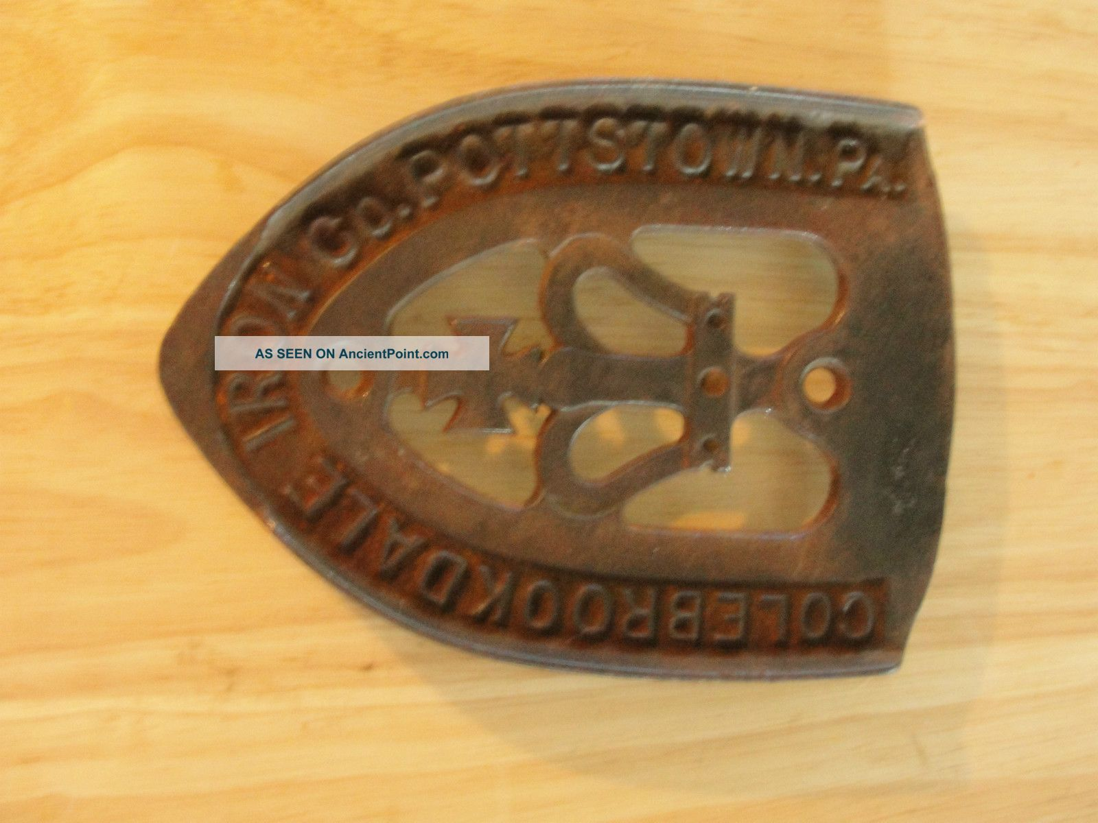 Colebrookdale Iron Co,  Pottstown,  Pa,  Old Iron Trivet,  Advertising,  Crown Trivets photo