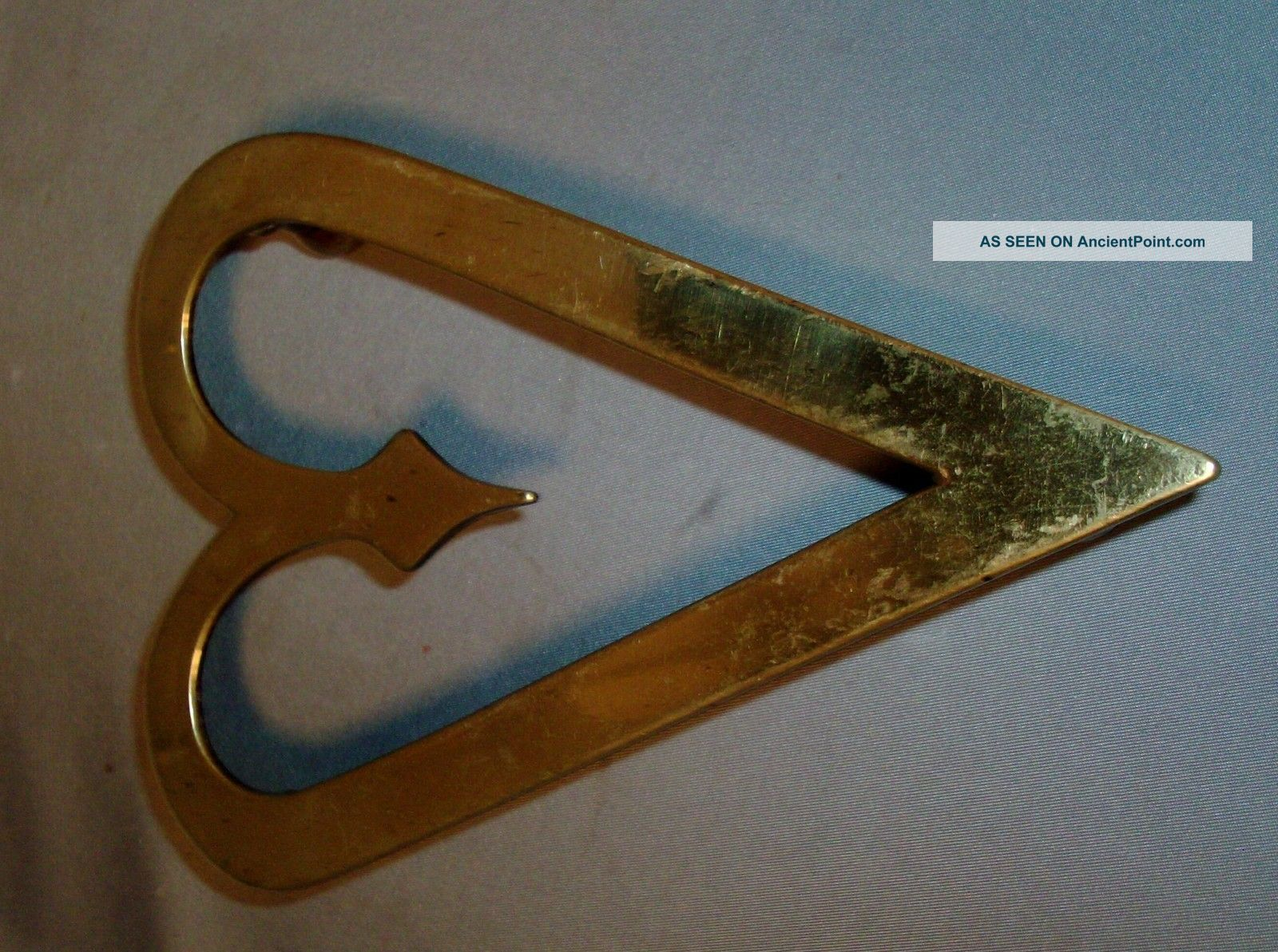 Antique 18th 19th C.  American Colonial Heart Shaped Brass Trivet 1800 Federal Trivets photo