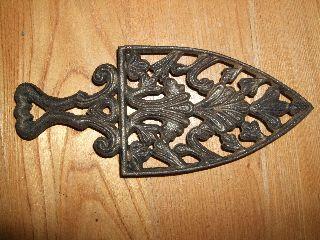 Antique Wilton Cast Iron Trivet Handle Metal Country Vintage Primitive Rustic photo