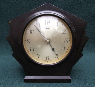 An Early 20thc Bakelite Ferranti Art Deco Timepiece Clock - 1920 ' S photo