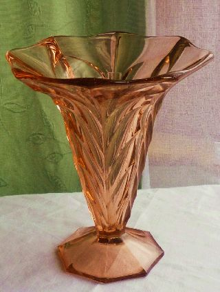 Antique C1930 ' S Art Deco Rose Pink Depression Glass Vase photo