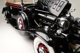 A Rare 1930 ' S Cadillac Vintage Classic Art Deco Car 1:24 Wheel Photo Hot Model photo